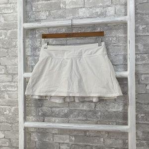 Lululemon Pace Setter Skirt White Size 6